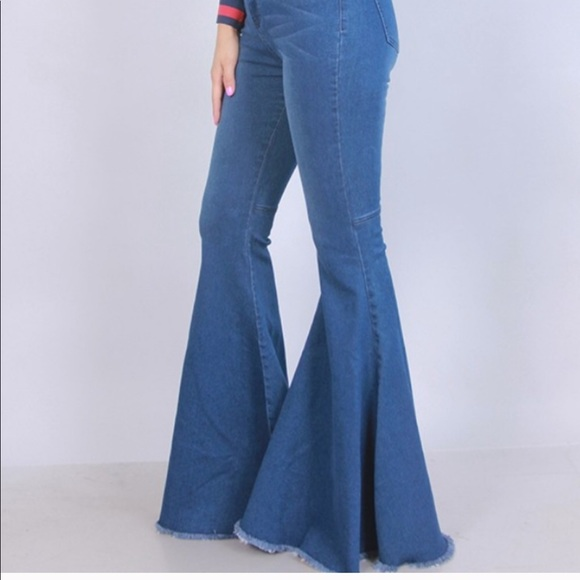diverse styles lower price with hot-selling discount Super flare raw hem bell bottom jeans Boutique